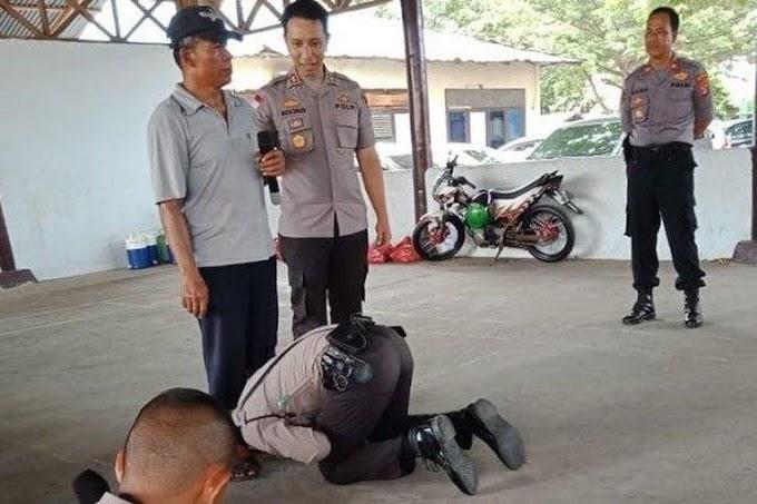 Viral Foto Calon Polisi Cium Kaki Ayah, Jualan Sate dan Lihat Anak Latihan Kerja di Polres Palu