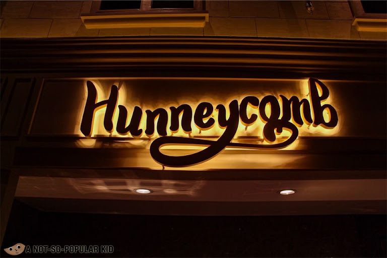 Hunneycomb Section of The Alley by Vikings