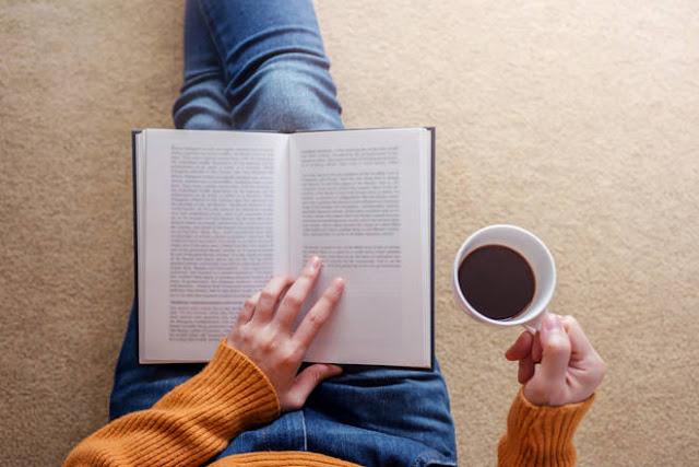 كيف تمكنتُ من قراءة 100 كتاب في عام واحد