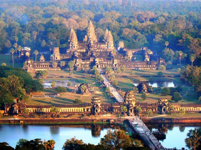 Angkor Wat, Cidade Religiosa do Camboja