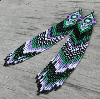 купить яркие красочные этнические украшения из бисера