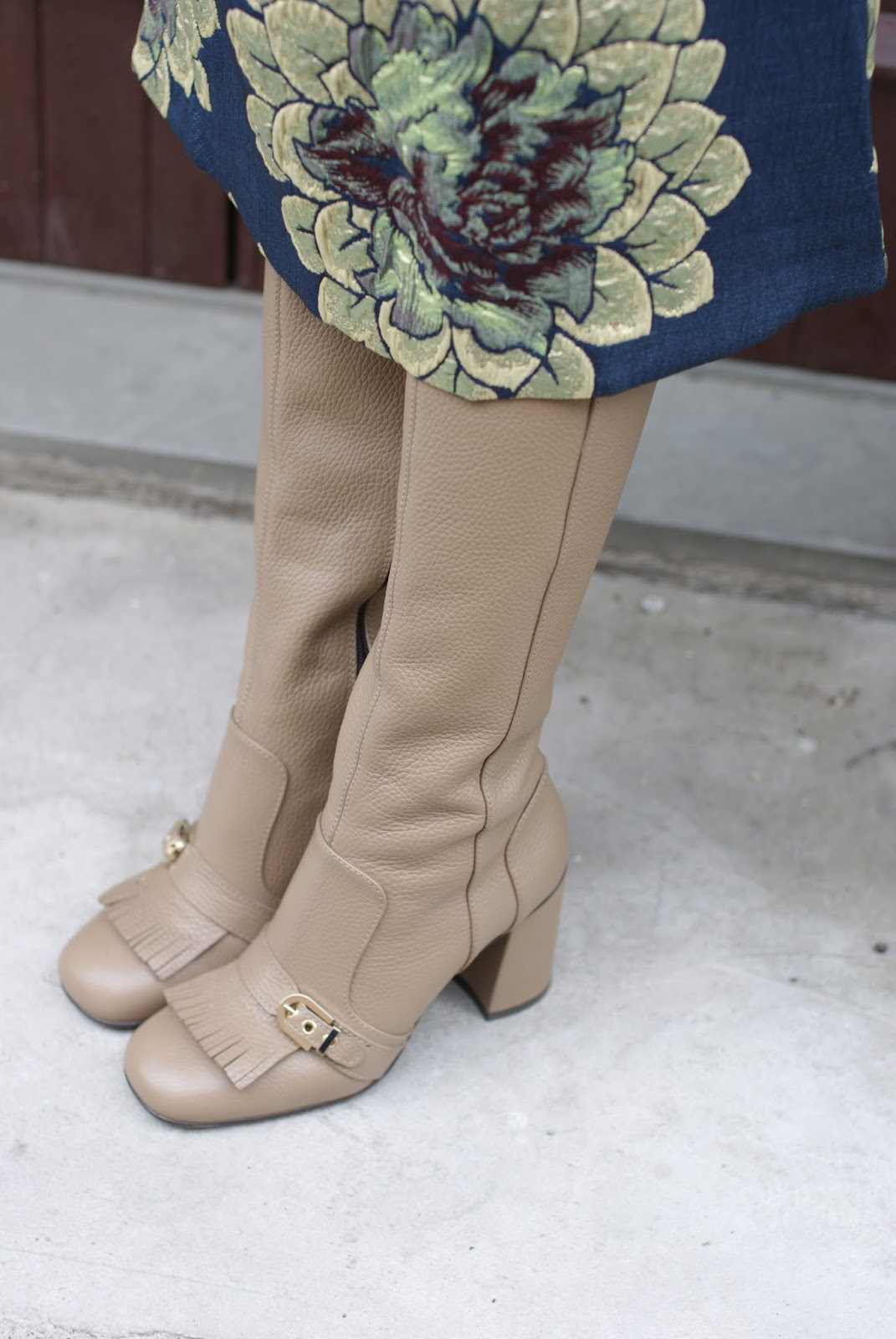 Giovanni Fabiani boots on Fashion and Cookies fashion blog, fashion blogger style