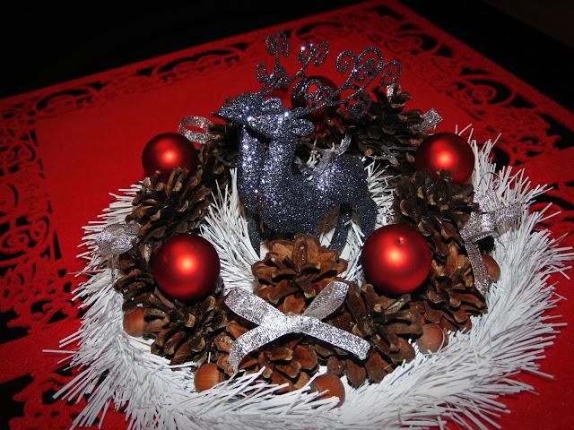 Bożonarodzeniowy stroik DIY