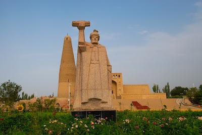 Statue of founder, Imin Minaret, Turpan, Xinjiang.