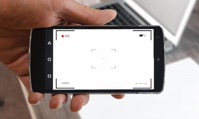 كيفية تسجيل شاشتك على أي جهاز
