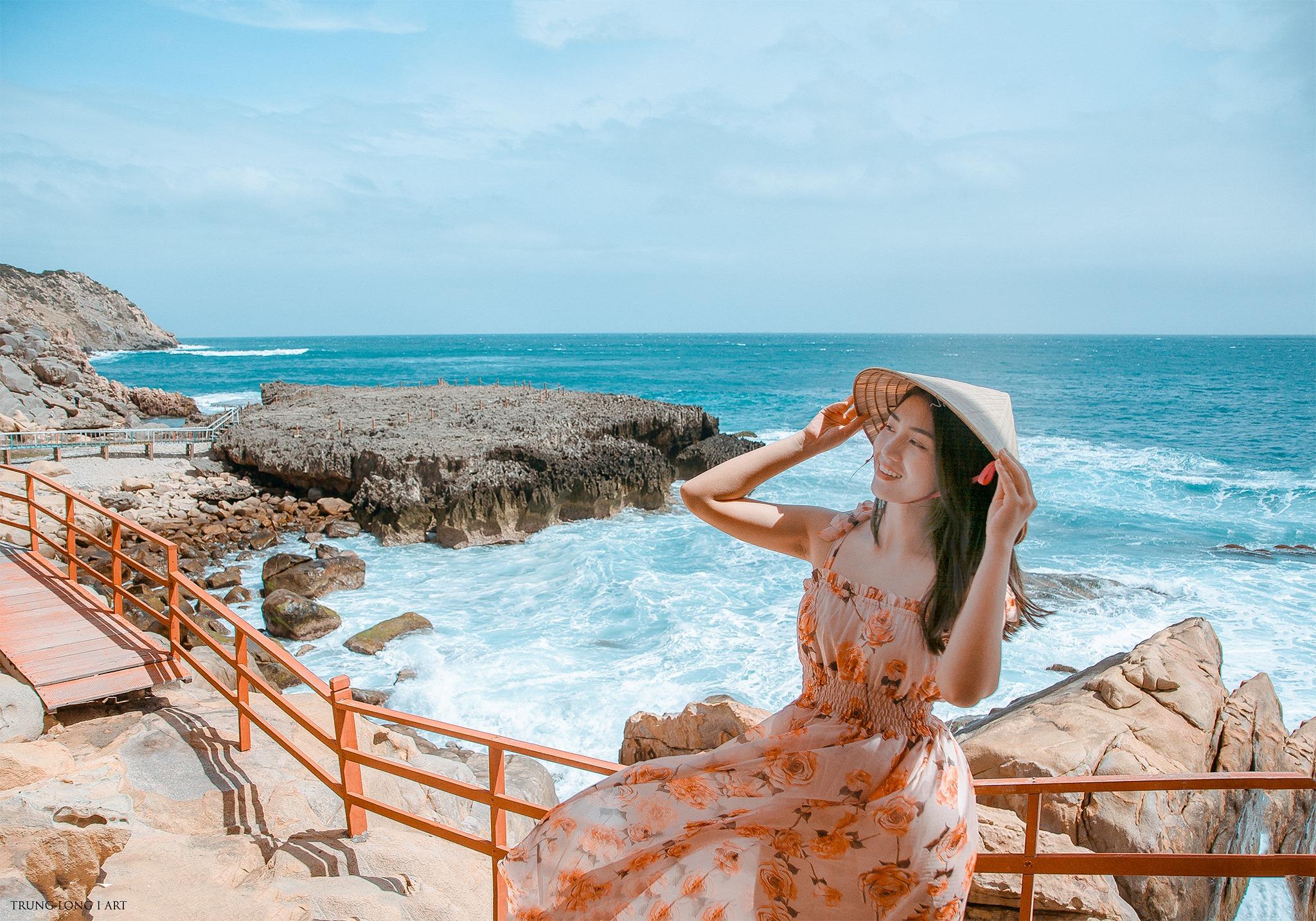 Hang Rái Ninh Thuận: Địa điểm đẹp để lưu giữ kỷ niệm