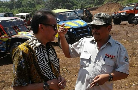 Hadiri Halal bi Halal Padang Jip Club, Desri Ayunda: Mari Bangun Padang yang Lebih Baik