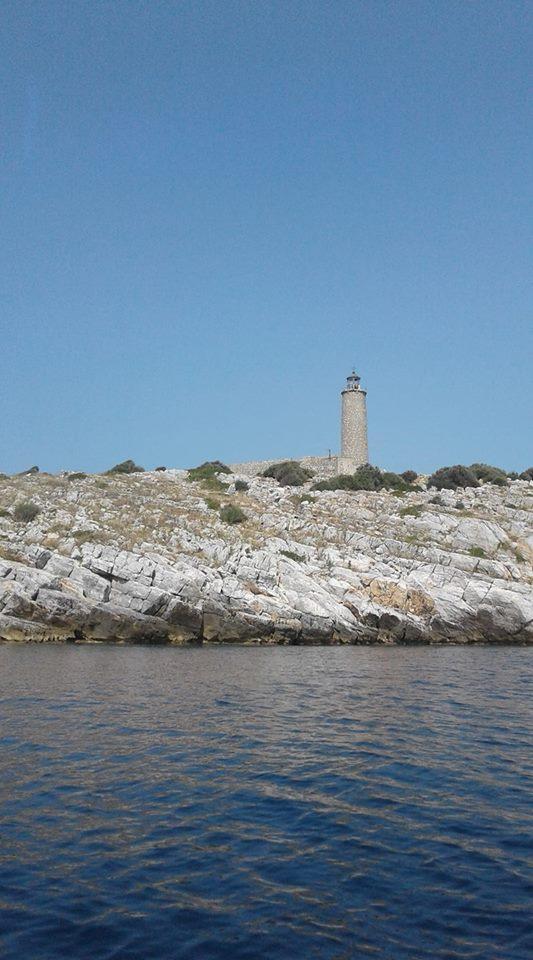 Κύμη νέα: Το νησί όπου δεν μένουν πια οι άνθρωποι