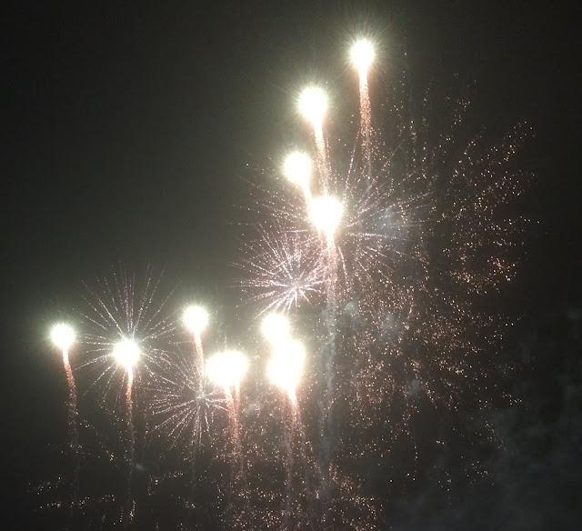 uusi vuosi raketit