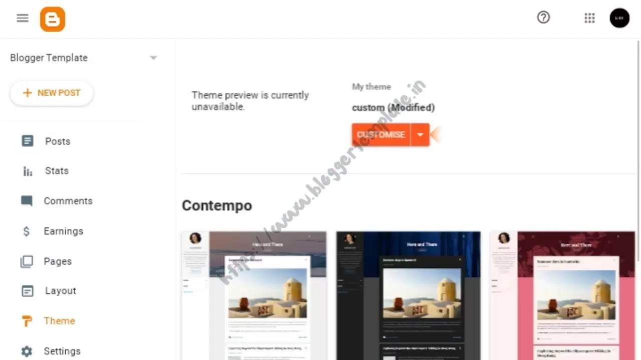 To continue with the process of changing your blog template, there is a down arrow next to Customize. Click on it.