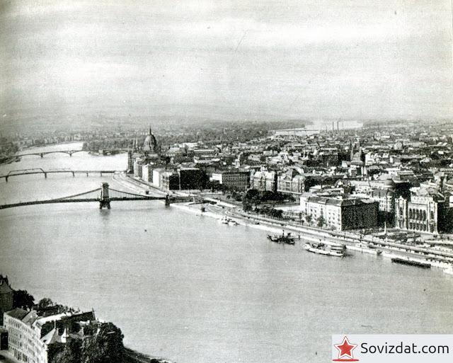 1959. Будапешт, Венгрия - Вид с горы Геллерт на север