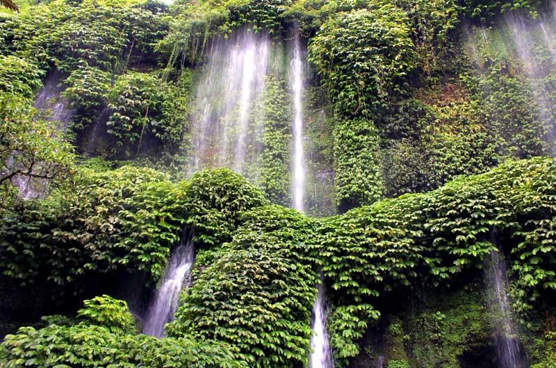Rute Lokasi Benang Kelambu Waterfalls