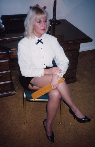 Mistress disciplines her new paying client 9