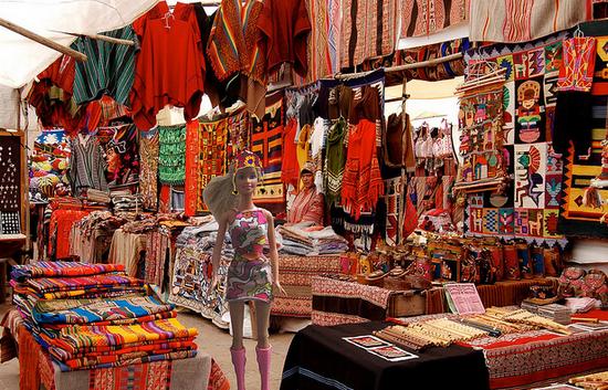 mercadinho de Pisaq no povoado de urubamba