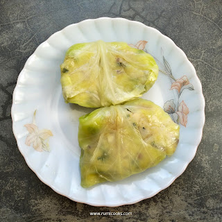Cabbage Parcels are stuffed cabbage fritters where a spicy mashed potato mixture is stuffed inside cabbage leaves and dipped into a spicy batter and then fried till golden brown.