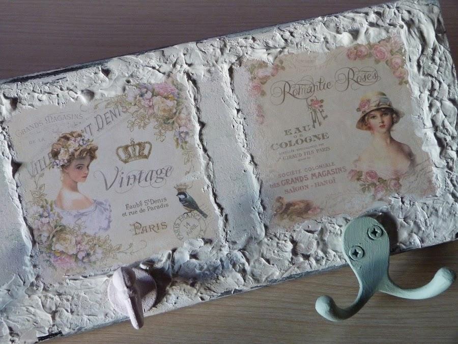 isabelvintage-vintage-perchero-tabla-madera-papel scrap