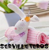 http://wwwmanualidadesdelana.blogspot.com.es/2013/11/servilleteros-de-lana.html