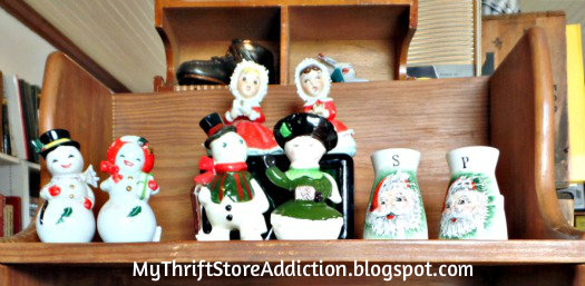 Friday's Find: Skip the Crowds & Browse Charming Mason mythriftstoreaddiction.blogspot.com Vintage salt and pepper display at  Cherokee Rose Antiques and Books in Mason, Texas