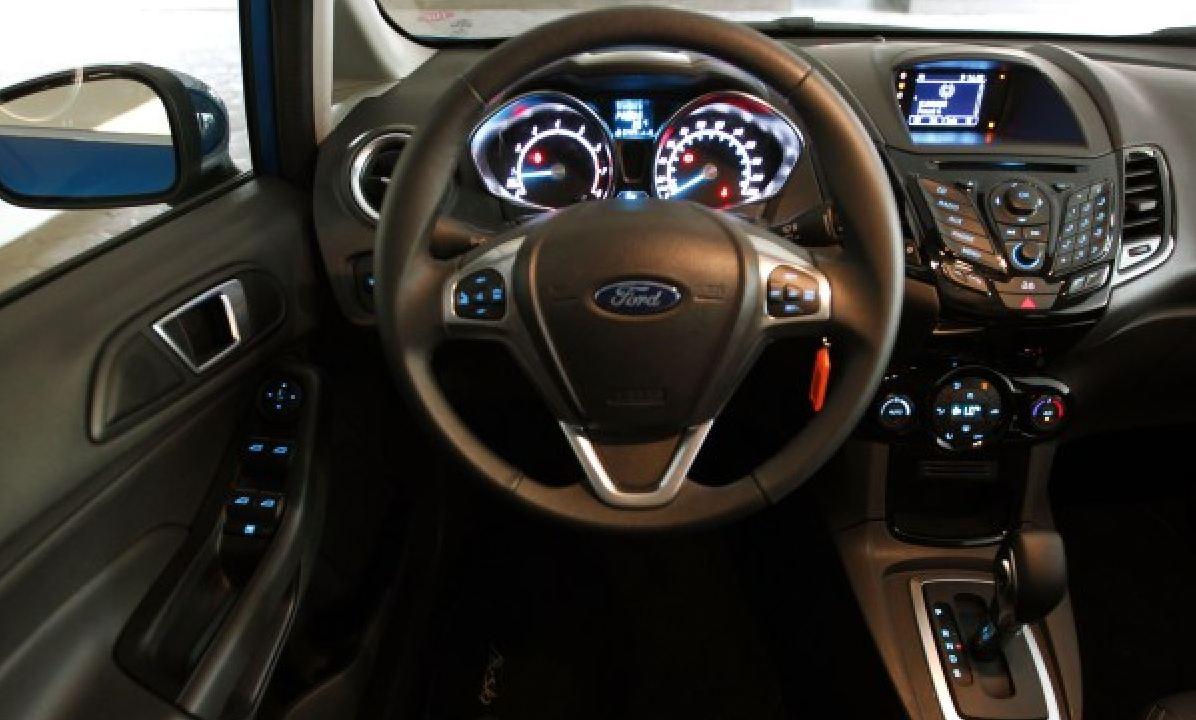 Ford New Fiesta 2014 Autom 225 Tico Fotos Pre 231 O Consumo E