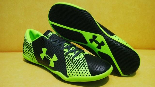 Sepatu Futsal Under Armour Force Hitam Hijau IN 218adf434c0f9