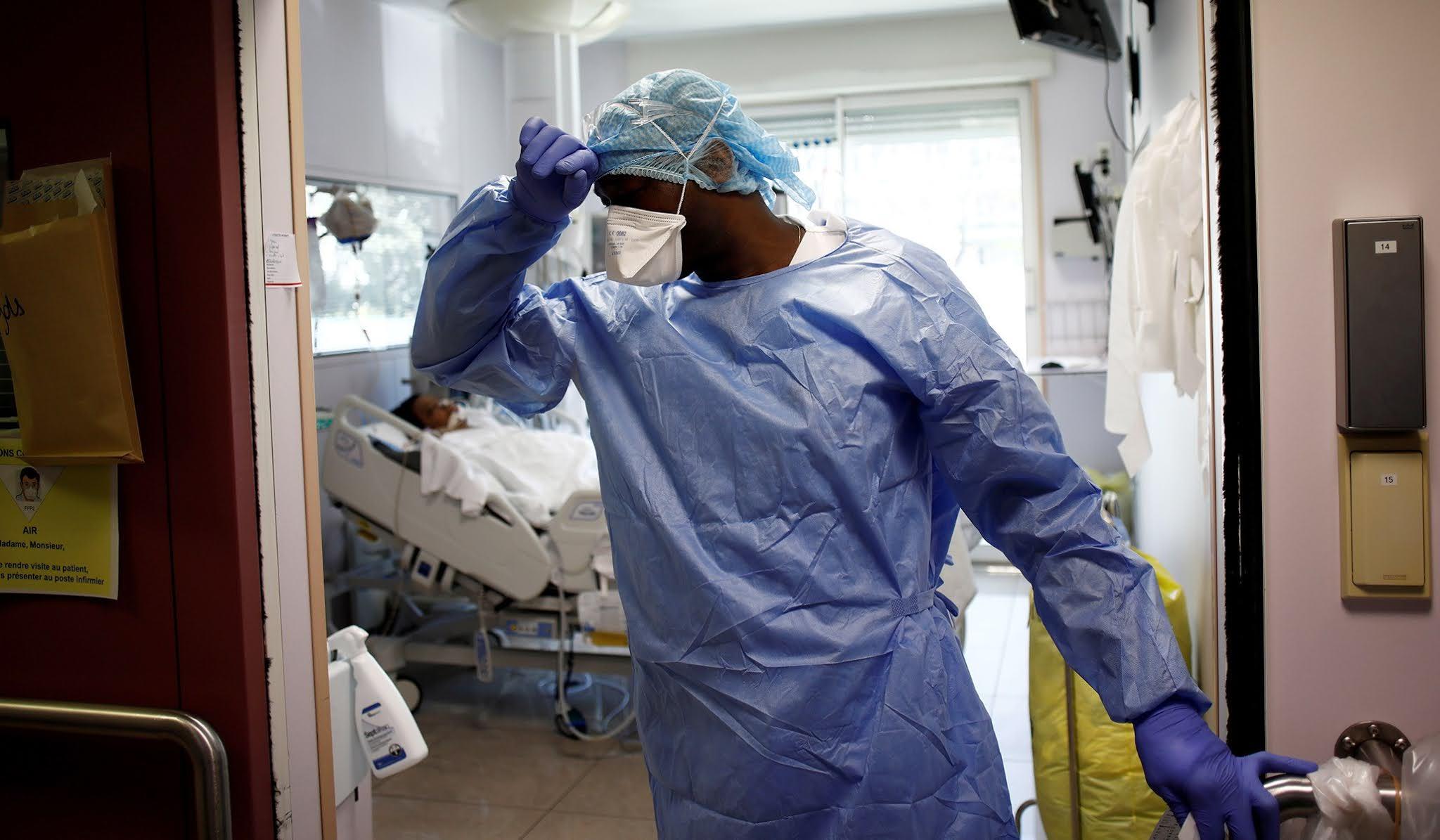 El coronavirus ya causó en Francia tres veces más muertes que una gripe común