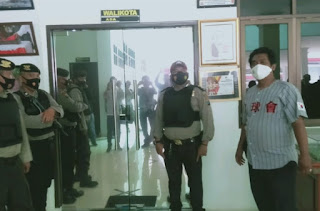 BREAKING NEWS: KPK Geledah Ruangan Walikota, Sekdakot dan BKD Tanjungbalai