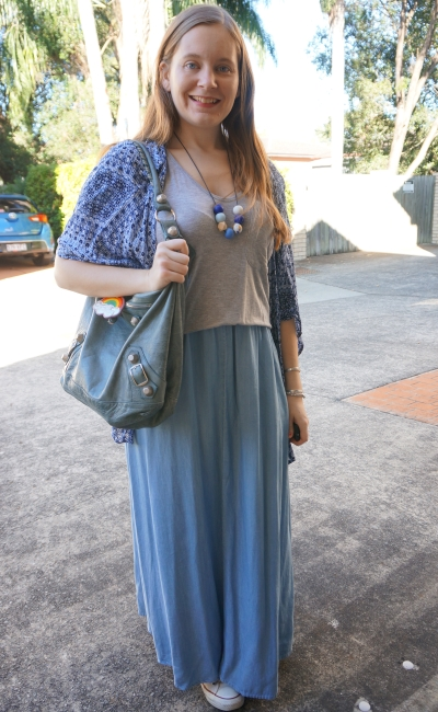 printed kimono, chambray maxi skirt: boho autumn playgroup style with grey tee | away from blue