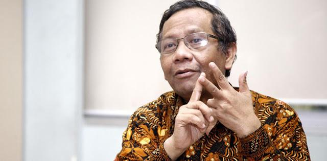 Mahfud MD: Satu Terduga Pelaku Bom Polrestabes Medan Masih Buron