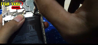 7 Cara Ganti Baterai Xiaomi Redmi Note 5A