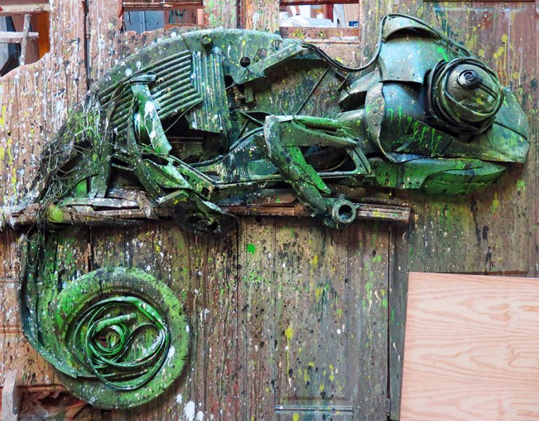 Street Artist Transforms Ordinary Junk Into Animals To Remind About Pollution - Chameleon