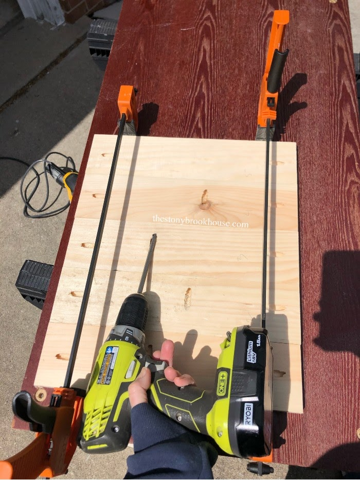 Screwing 1x4s together for shelf tops