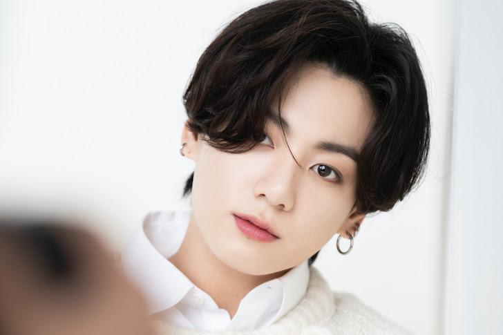 30+ Foto Jungkook BTS Terbaru Untuk Wallpaper