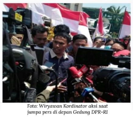 Demo Menuntut DPR Segera Merevisi UU KPK
