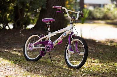 descriptive text tentang sepeda kecil