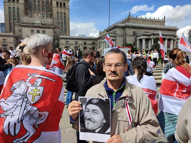 Преступлений Лукашенко и Путина перед народами, государством и мировым сообществом за которые им будут объявлен импичмент, они будут отстранены от власти и казнены!
