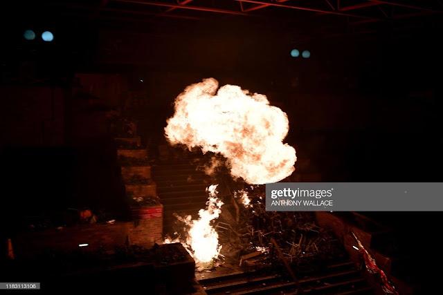 Sáng 18/11: Xung đột lại xảy ra, Đại học Bách khoa Hồng Kông như biển lửa