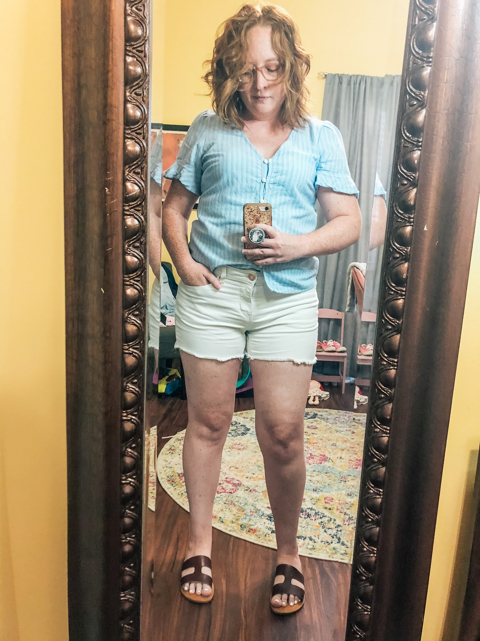 blue-flutter-sleeve-button-down-white-shorts