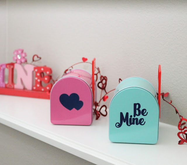 DIY Valentine mailboxes made with vinyl
