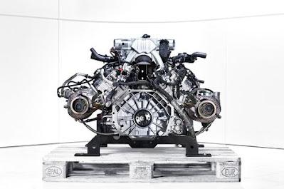 Carshighlight.com - McLaren P1 Review