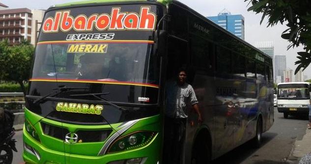 Bus dengan klakson telolet terunik
