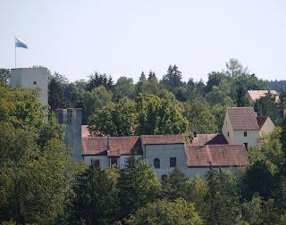 Burg Grünwald, Westseite
