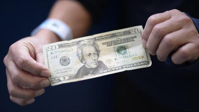 Cae el dólar estadounidense ante principales monedas mundiales