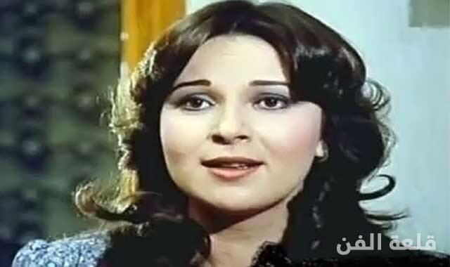 نورا خادمتها قامت بسرقتها وسر خلافها مع نور الشريف
