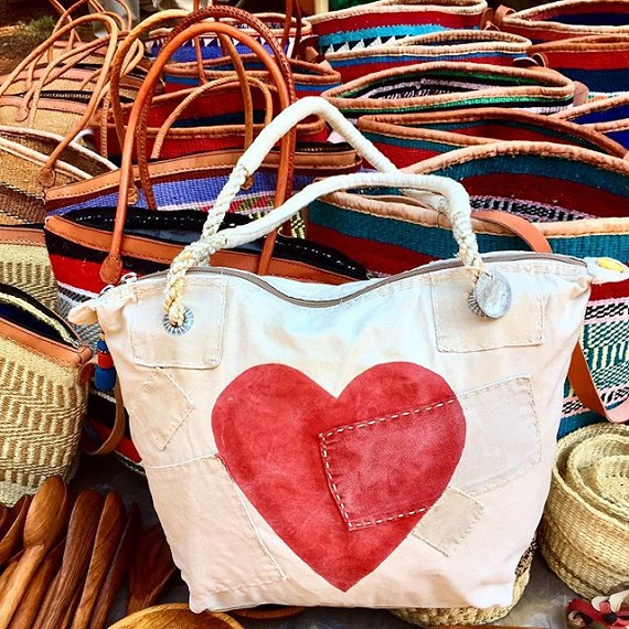 ali lamu canvas bags made with heart
