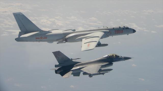 Aviones militares chinos sobrevuelas el espacio aéreo de Taiwán