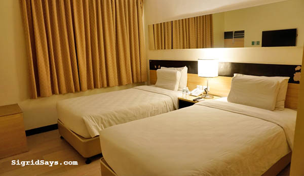 Go Hotels PH - family travel - Philippines Bacolod hotel - Bacolod blogger -  visit Philippines - Filipino travelers-  Go Hotels Iloilo - Twin Room