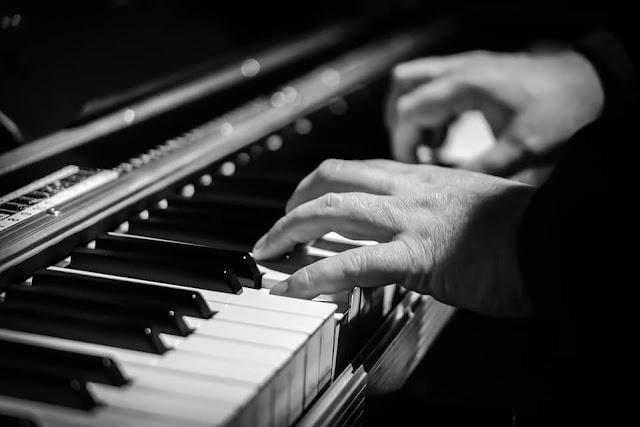 ¿Necesitas las PARTITURAS  de tu música para hacer registro de la obra?. ✅ Te entregamos la TRANSCRIPCIÓN en PDF y MIDI ✅