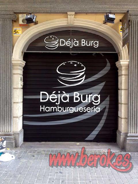 graffiti persiana hamburguesería Déjà Burg