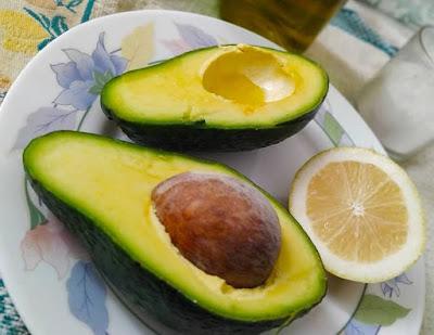 Berikut Makanan Yang Dapat Menurunkan Badan Secara Alami