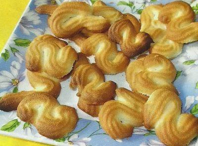 Состав продуктов и способ приготовления печенья Апельсиновые змейки
